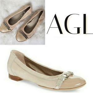 AGL Ballet Flats Beige Chain Captoe